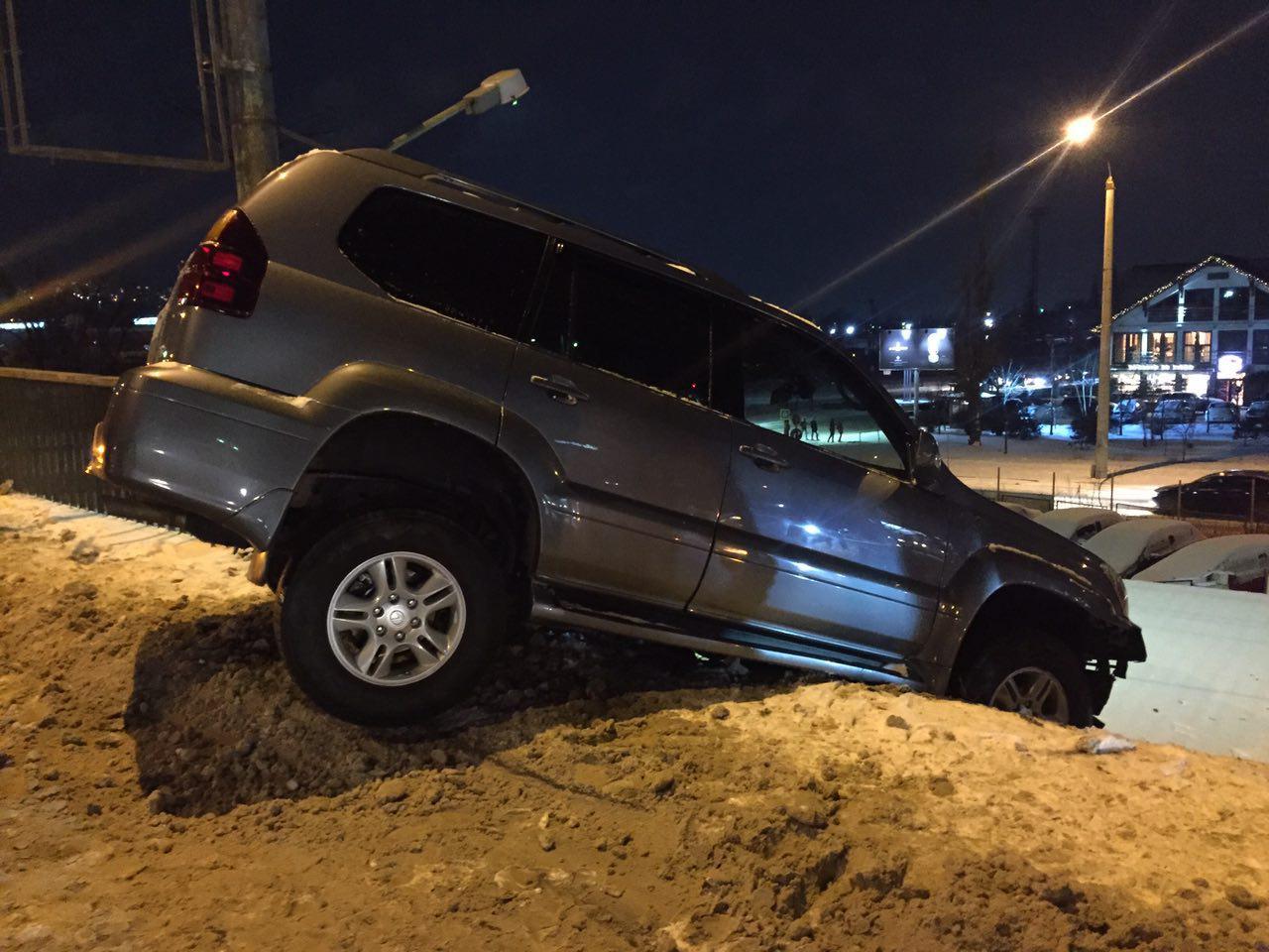 accident scump in Chisinau, accident pe Podul Ismail