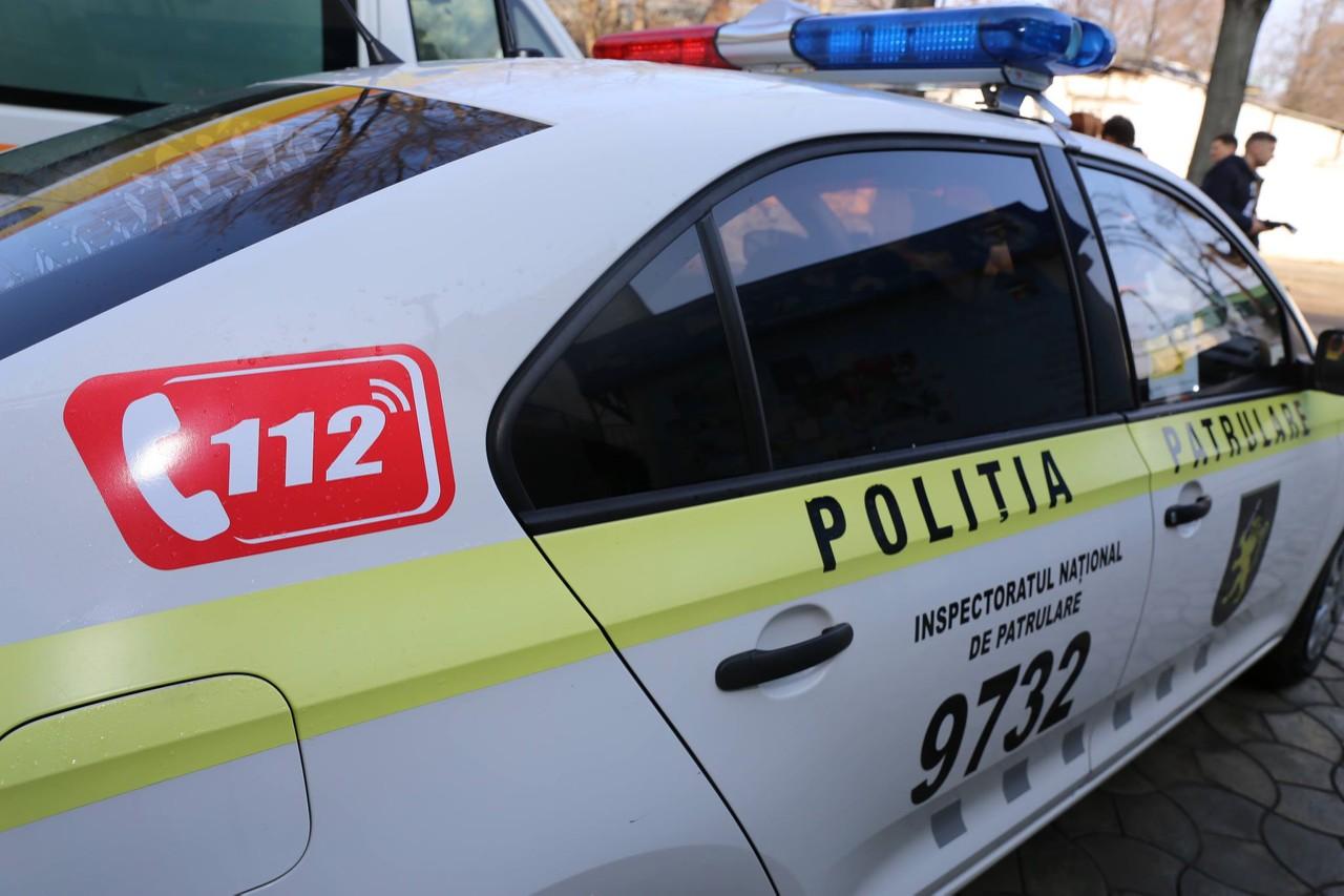 politia 112, o femeie din raionul Criuleni i-a tras un topor în cap soțului
