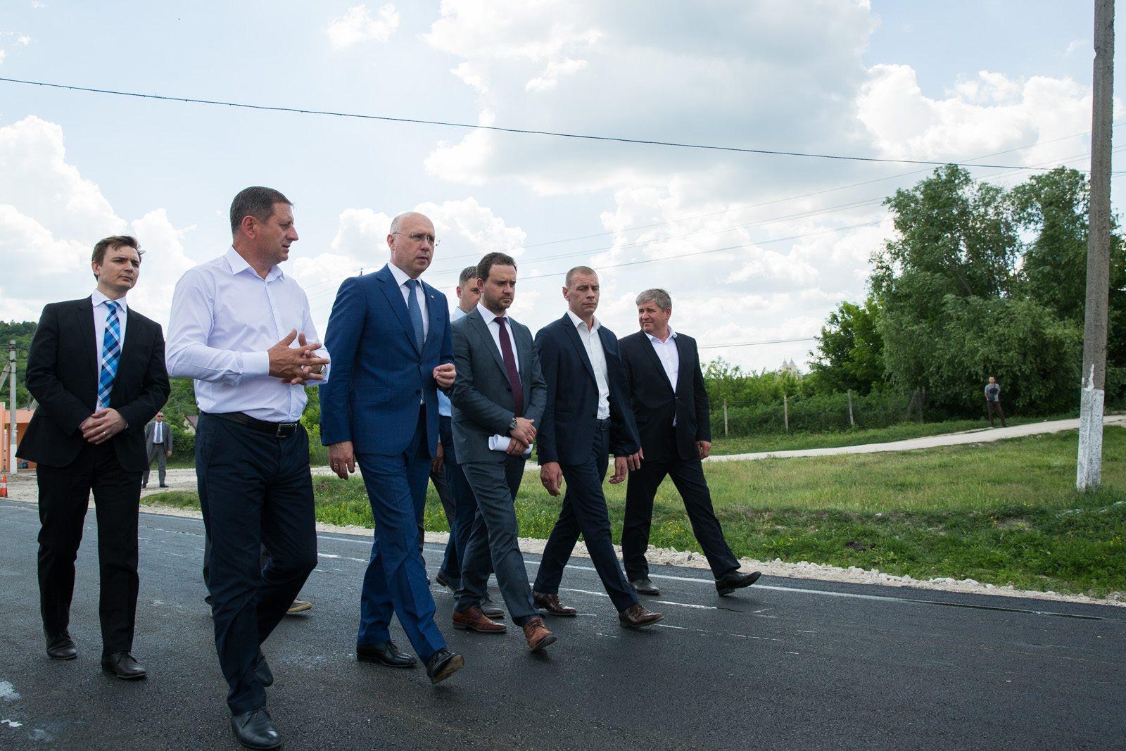 Pavel Filip, Sunt importante drumurile naționale, dar și mai important este drumul care pornește de la casa fiecărui cetățean