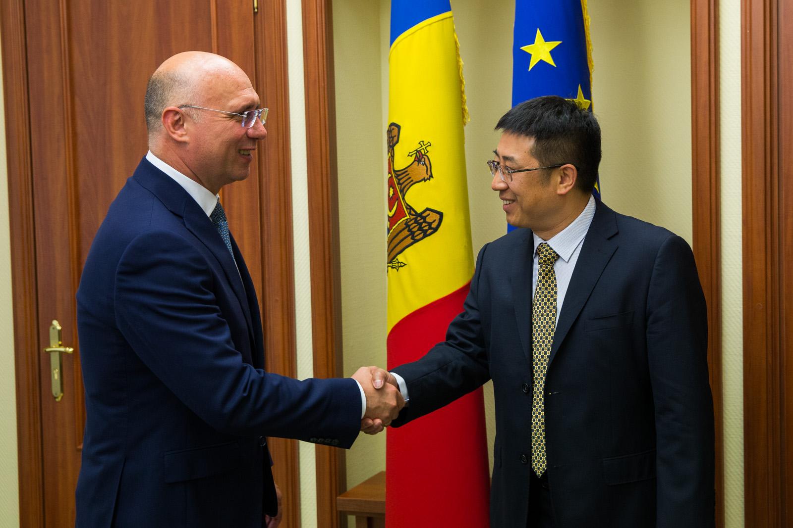 relatia moldova china, pavel filip discuta cu oamenii de afaceri straini, pdm, economia nationala