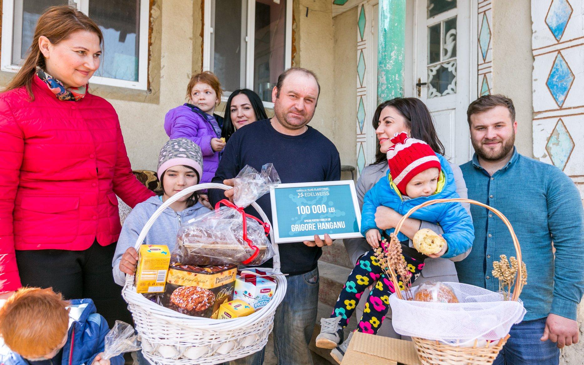 Surprinză de Paști vlad plahotniuc, Familia Hanganu din Călimănești a primit un voucher de 100.000 de lei de la Fundația Edelweiss, Un tată cu patru copii, partidul democrat din moldova fapte nu vorbe, pavel filip pdm,