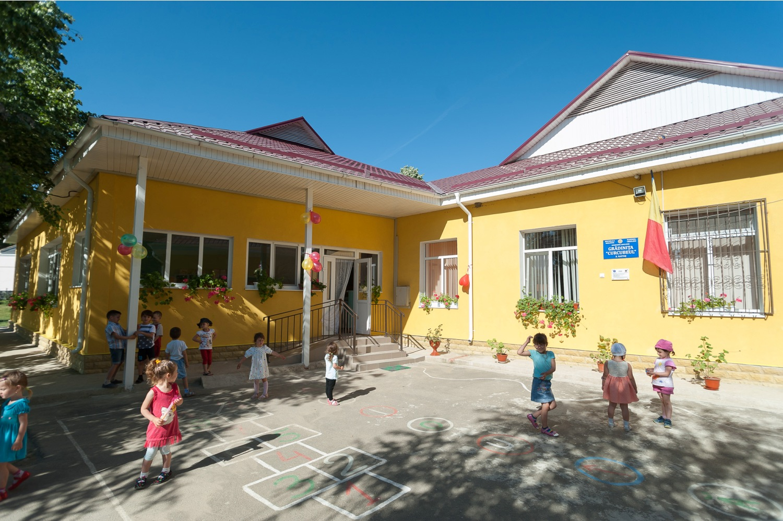 Circa 100 de creşe şi grădiniţe au fost inaugurate în ultimii opt ani în Moldova, guvernul romaniei, pavel filip pdm, partidul democrat din moldova, educatie monica babuc, integrare europeana, fism
