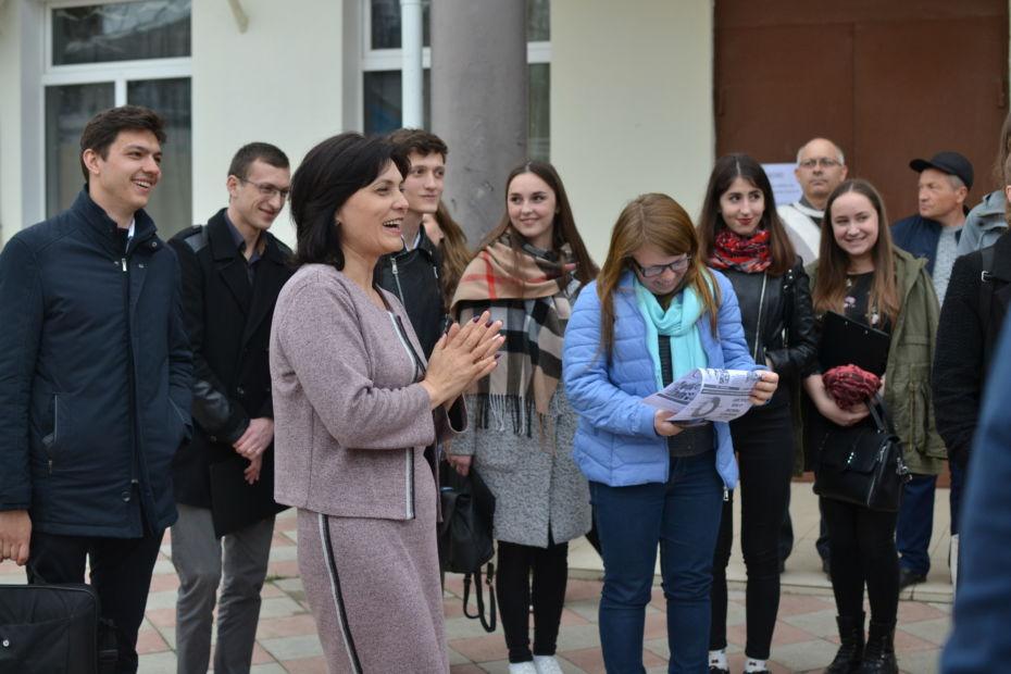 Satul Scoreni din Republica Moldova ar putea intra în Cartea Recordurilor Guinness, pavel filip raionul straseni, pdm pentru moldova, cel mai mare butoi din lume, guinness world records,