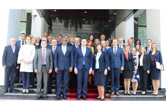 colaborare moldo-americana, dereck hogan, tudor ulianovschi, ministerul afacerilor externe si integrarii europene