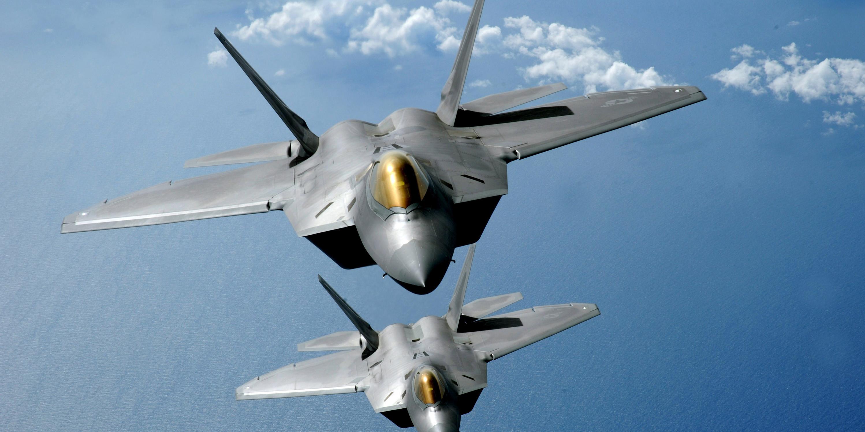 trump iohanis, SUA au trimis cel mai puternuic avion din lume în România, Scopul este militar,F-22 Raptor, nato rusia, statele unite ale americii,