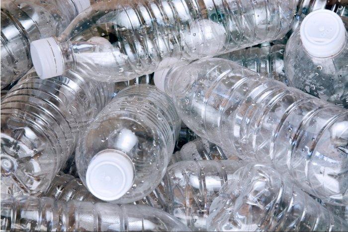 PET-uri din plastic, recipiente